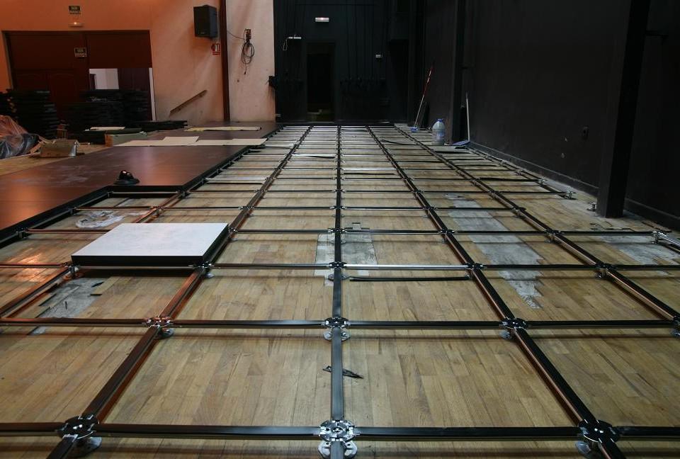 instalación de suelos técnicos