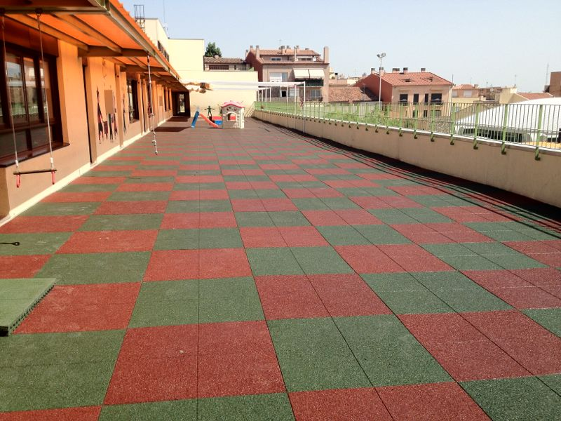 Pavimentos de caucho pura resistencia ulloa pavimentos - Suelo terraza exterior precios ...